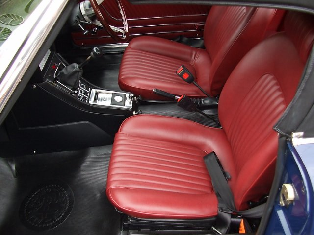 Classic Road and Race Cars for Sale. 2000 Spider STE888S interior 1